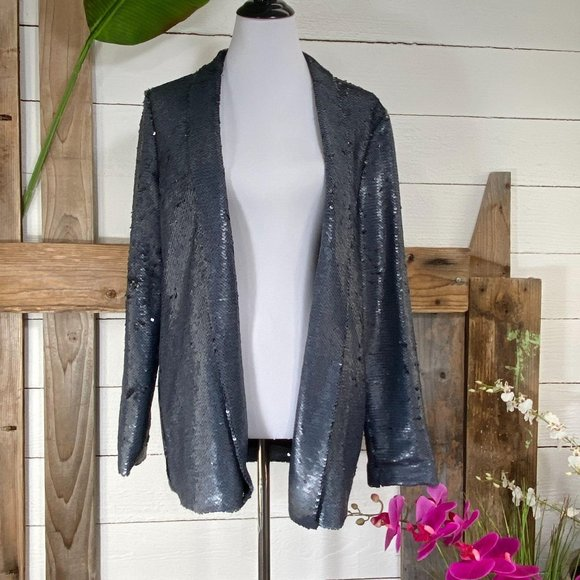 Cupcake & Cashmere Jackets & Blazers - Cupcakes & Cashmere Sequin Jacket Silver NWT